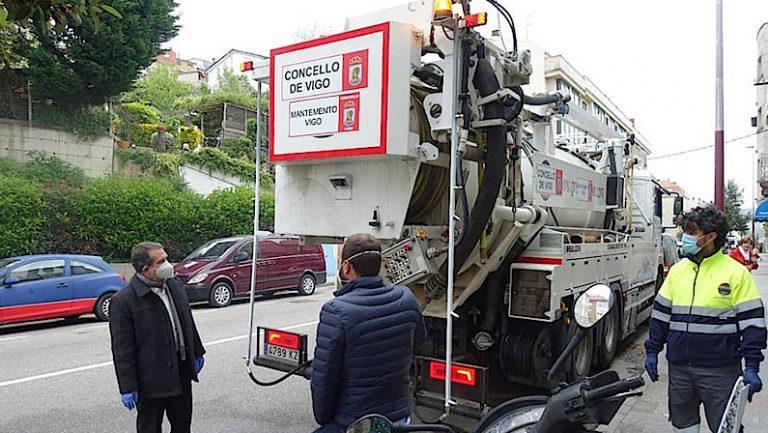 Covid-19 en Vigo | Camión de Desinfección & Reparto de Máscaras