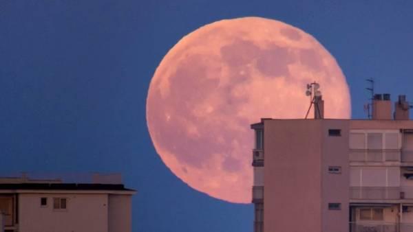 Superluna Rosa 2020 | Ocio Alternativo