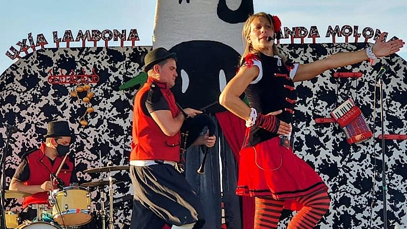 Úxia Lambona e a Banda Molona en Redondela