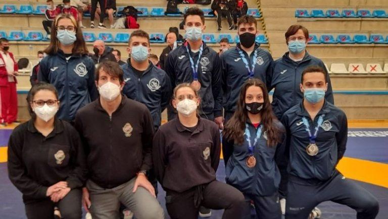 El club de lucha San Ignacio lo da todo en el campeonato de España