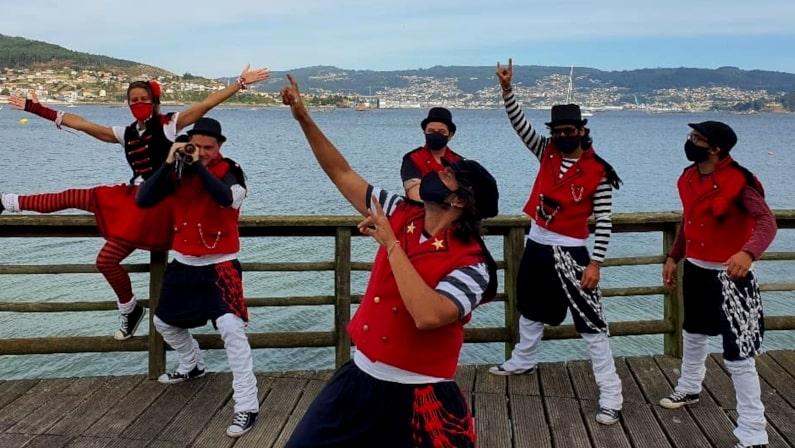 Lee más sobre el artículo Úxia Lambona e a Banda Molona | Vigo Comercio